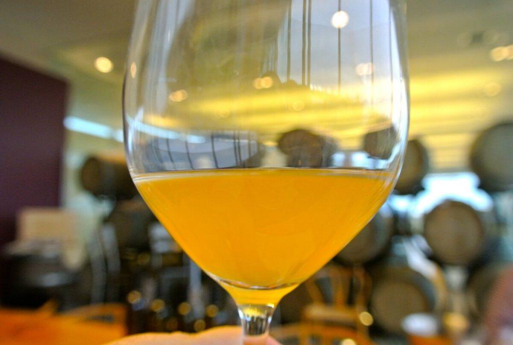 истинското оранжево вино рядко бива бяло