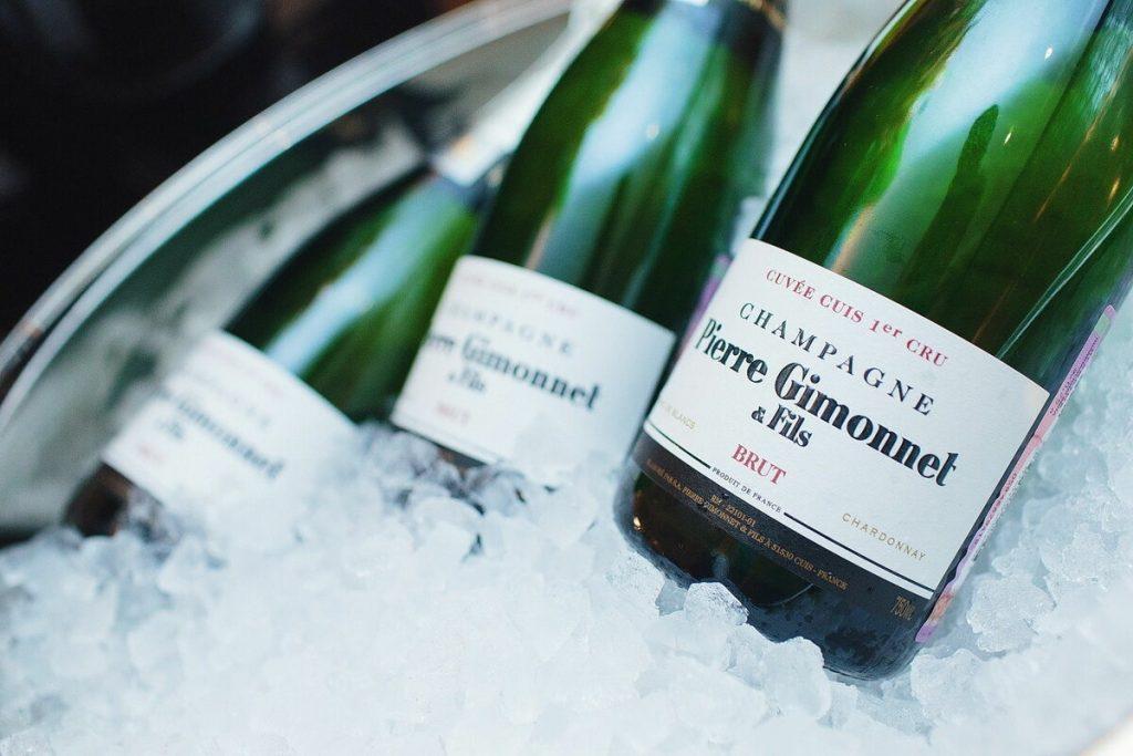 пенливо вино